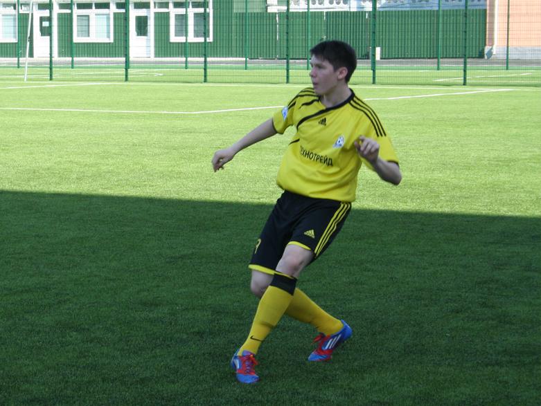 Lokomotiv-Atlet (3-2) 1